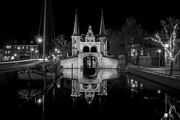 Schwarz-Weiß-Foto der Wasserburg in Sneek von Fotografiecor .nl