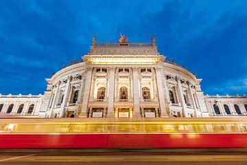 The Burgtheater theatre in Vienna at night van Werner Dieterich