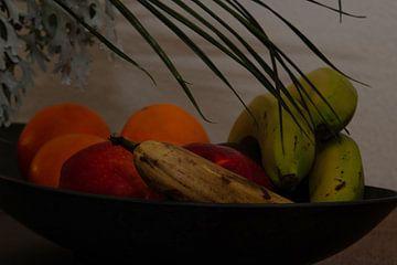 Stillleben von Obst auf einer Schale von J..M de Jong-Jansen