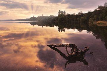 Zonsondergang in Coniston, Lake District van Anam Nàdar
