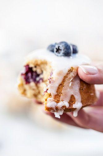 Teacakes met citroen, blauwe bessen en amandelen van