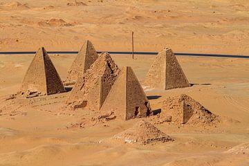 De piramides van Jebel Barkal van Roland Brack