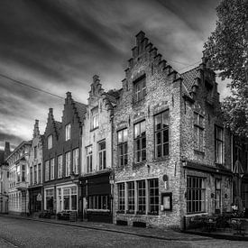 Historisch Brugge in z/w van Mart Houtman