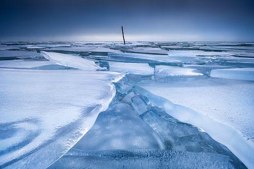Een bevroren IJsselmeer