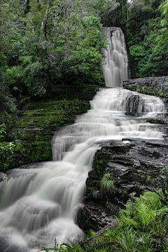 Mysteriöser Wasserfall von Lizette Schuurman