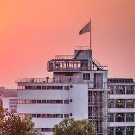 Zonsondergang Van Nelle, Rotterdam van Frans Blok