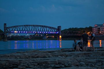Magdeburg - die Hubbrücke am späten Abend von t.ART