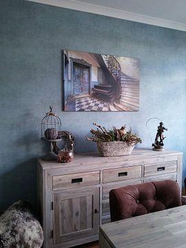 Photo de nos clients: Le piano abandonné et les escaliers sur Truus Nijland