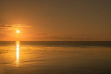 Zonsondergang op de Waddenzee van Sander Hekkema