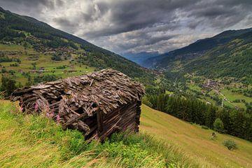 Val d'Anniviers vallei met hutje von Dennis van de Water