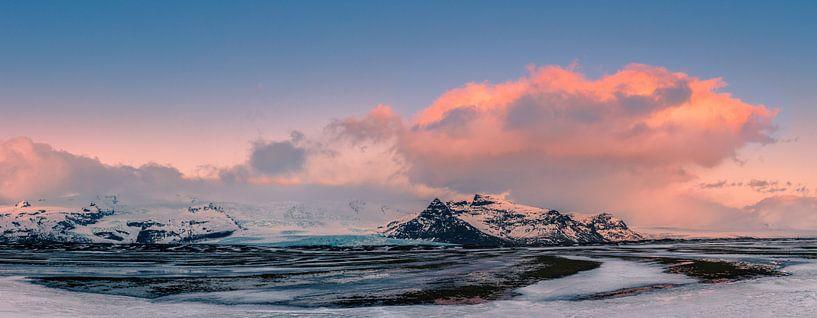 Winter zonsopkomst Skaftafell Nationaal Park, IJsland van Henk Meijer Photography