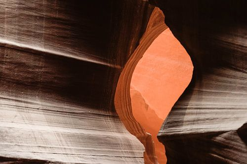 Antelope Canyon 6 van