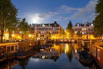 Volle maan reflectie Amsterdam van Dennis van de Water
