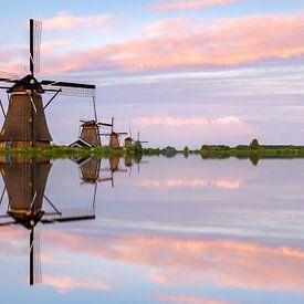 Reflexion Kinderdijk. von Jan Koppelaar