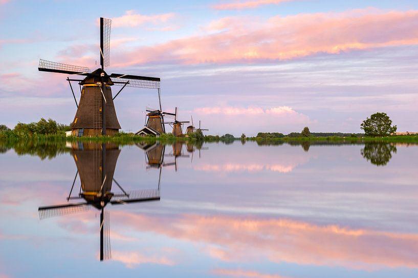 Reflection Kinderdijk. van Jan Koppelaar