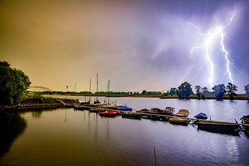 Blitzbesuch am Oosterbeeker Rheinufer Nr.5 von Sébastiaan Stevens