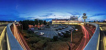 Flughafen Tegel zur blauen Stunde Panorama von Frank Herrmann