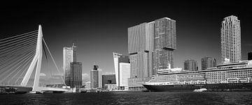 Manhattan aan de Maas #1 van Mario Bentvelsen