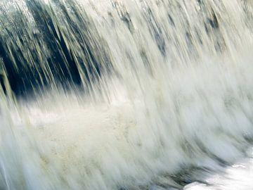 Chute d'eau rapide