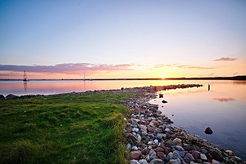 Zonsondergang aan het Grevelingemeer van