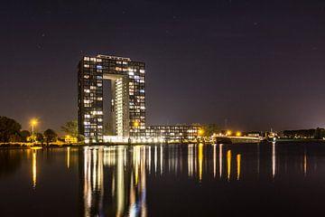 Tasmantoren bij nacht 3 sur Iconisch Groningen