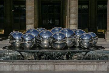 les fameuses boules à facettes à paris sur Eric van Nieuwland
