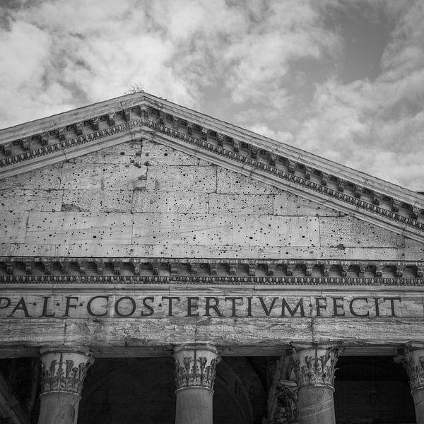 Italië in vierkant zwart wit, Rome, Pantheon van Teun Ruijters
