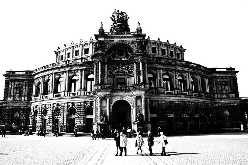 Semperoper Dresden van Falko Follert