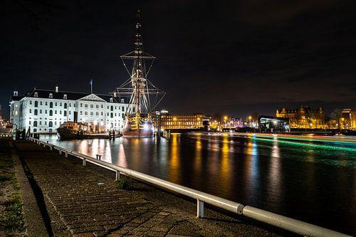 Verlicht Amsterdam in de avond