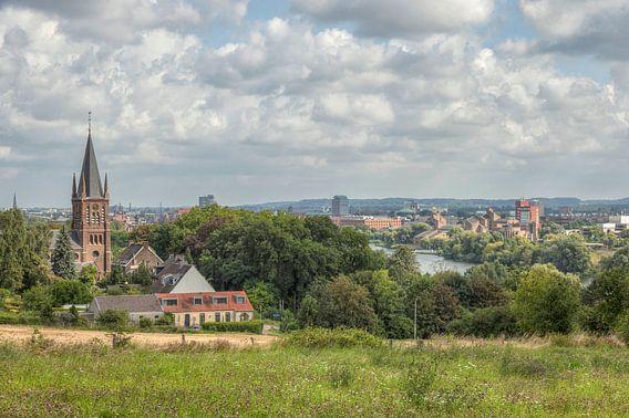 Uitzicht vanaf Sint-Pieterberg over Maastricht