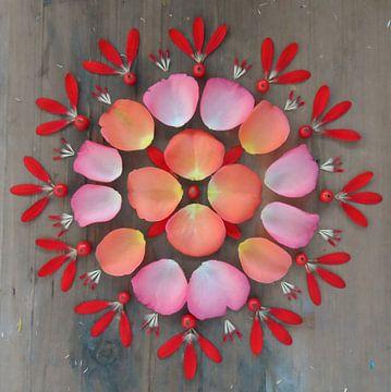 Blumen Mandala Rosen von Margreet Ubels
