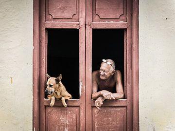 Un chien cubain et son maître sur Raf Verbraeken