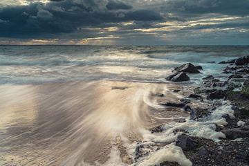De zee trekt zich terug van Els Hunink