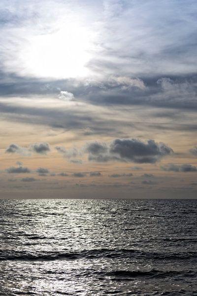 Zonsondergang Noordzee II van Miranda van Hulst