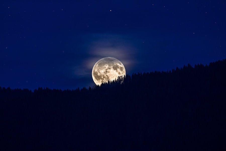 Volle maan van Bart Verbrugge