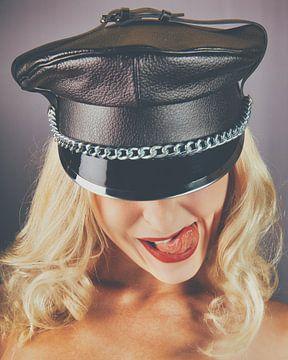 Fetisch-Bdsm-Porträt einer schönen Frau #P1145 von william langeveld