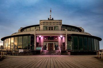 Het mooie Art Deco gebouw De Belgium Pier in Blankenberge van Daan Duvillier