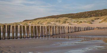 Zeeland strand golfbrekers 1 van John Ouwens