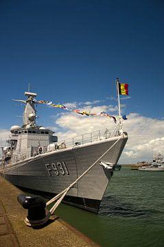 Marine Boat F931 in Zeebrugge van Olivier Van Acker