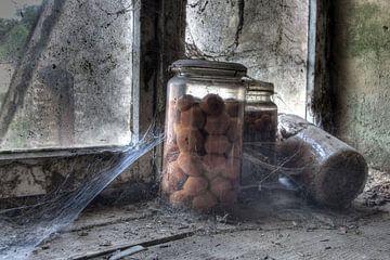Tuttifrutti im Krug. von Henk Elshout