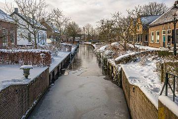 Het Brabantse dorp Drimmelen in wintertijd van Ruud Morijn