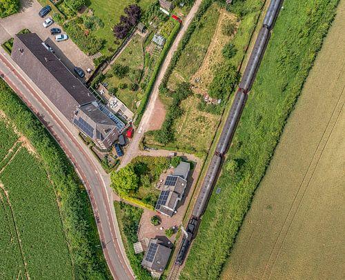 Luchtfoto van het Miljoenenlijntje bij de Eyserhalte