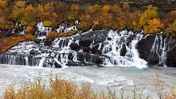 Hraunfossar Falls van