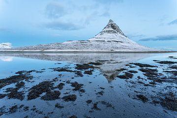 Kirkjufellsfoss Iceland sur Luc Buthker