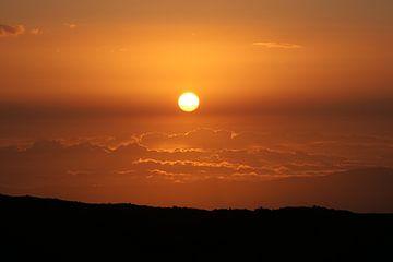 Zonsondergang op Etna Sicilië van Jean-Paul Renaud