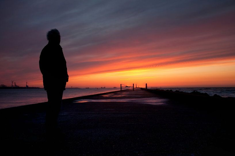 Zonsondergang pier Hoek van Holand van PAM fotostudio