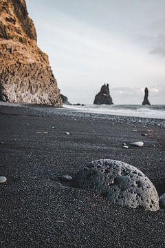 Zwart strand van Joris Machholz