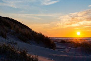 Zonsondergang op Vlieland van Dylan Bakker