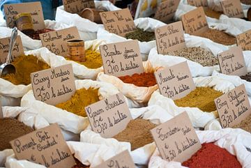 Kruiden op Franse markt van Tess Smethurst-Oostvogel