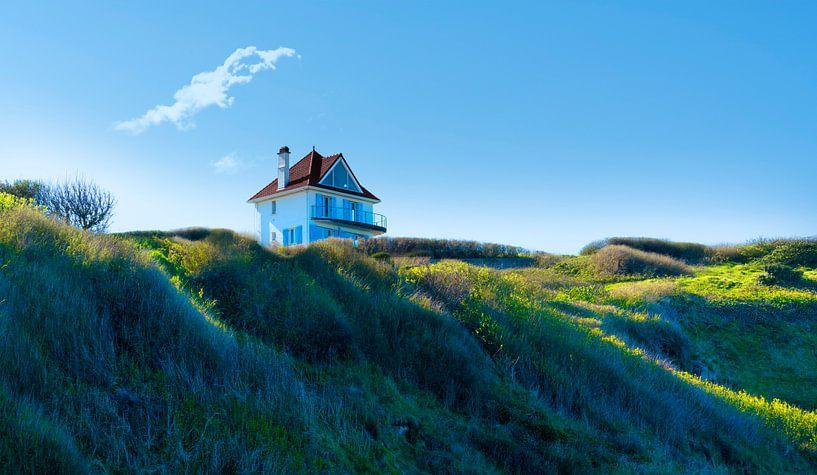 0499 House on the hill van Adrien Hendrickx